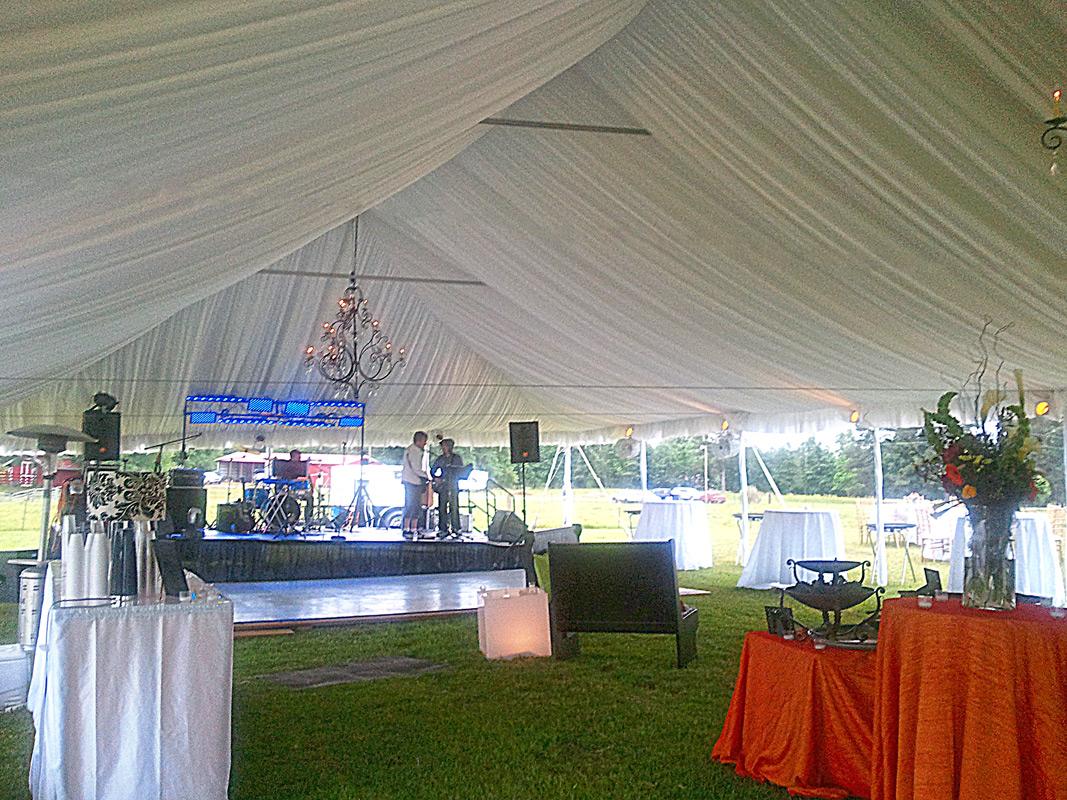 Tent Liner & Frame tents Track tents Quick-peak tents Pole tents at Great ...
